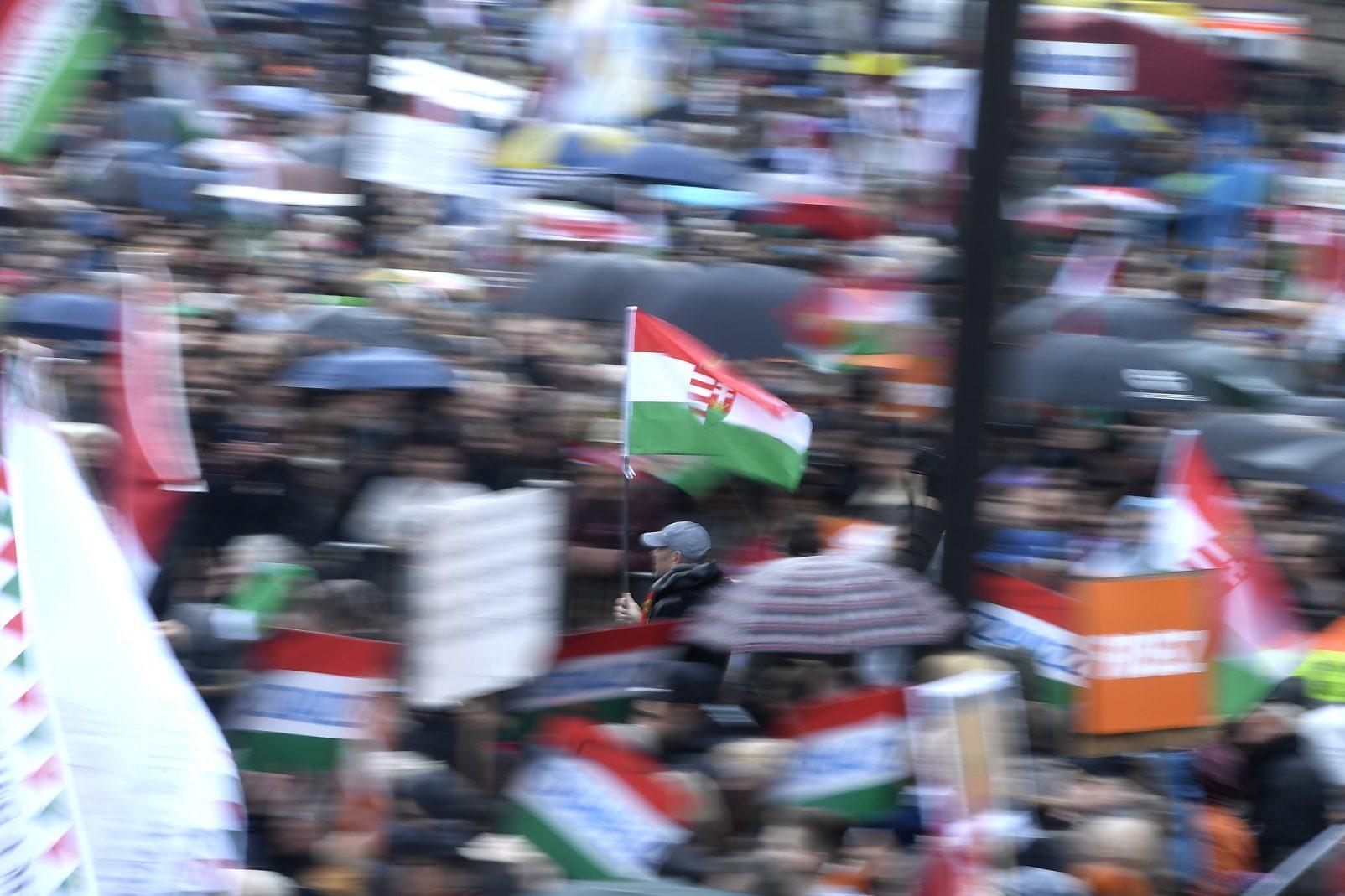 15 marzo - Festa a piazza Kossuth